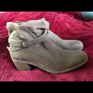 American Eagle tan faux suede ankle boots